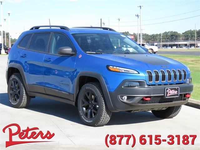 New 2018 Jeep Cherokee Trailhawk Suv In Longview 8d241 Peters